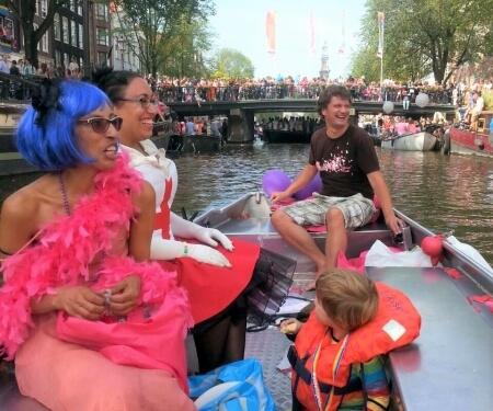 Koningsdag Gay Pride sloep huren Amsterdam